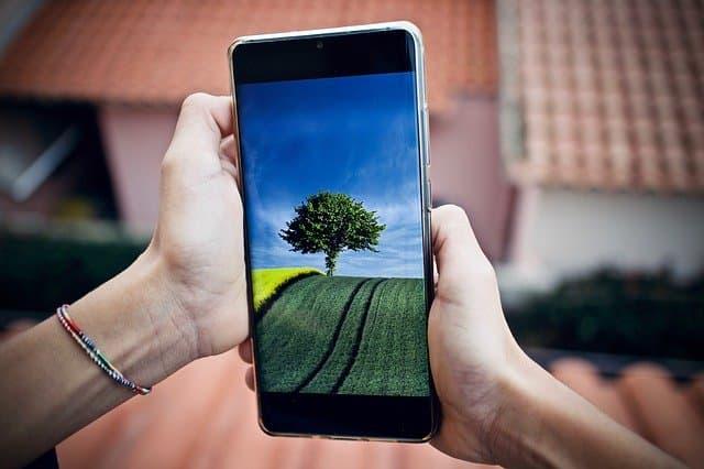 érintőképernyős telefonok olcsón kártyafüggetlen
